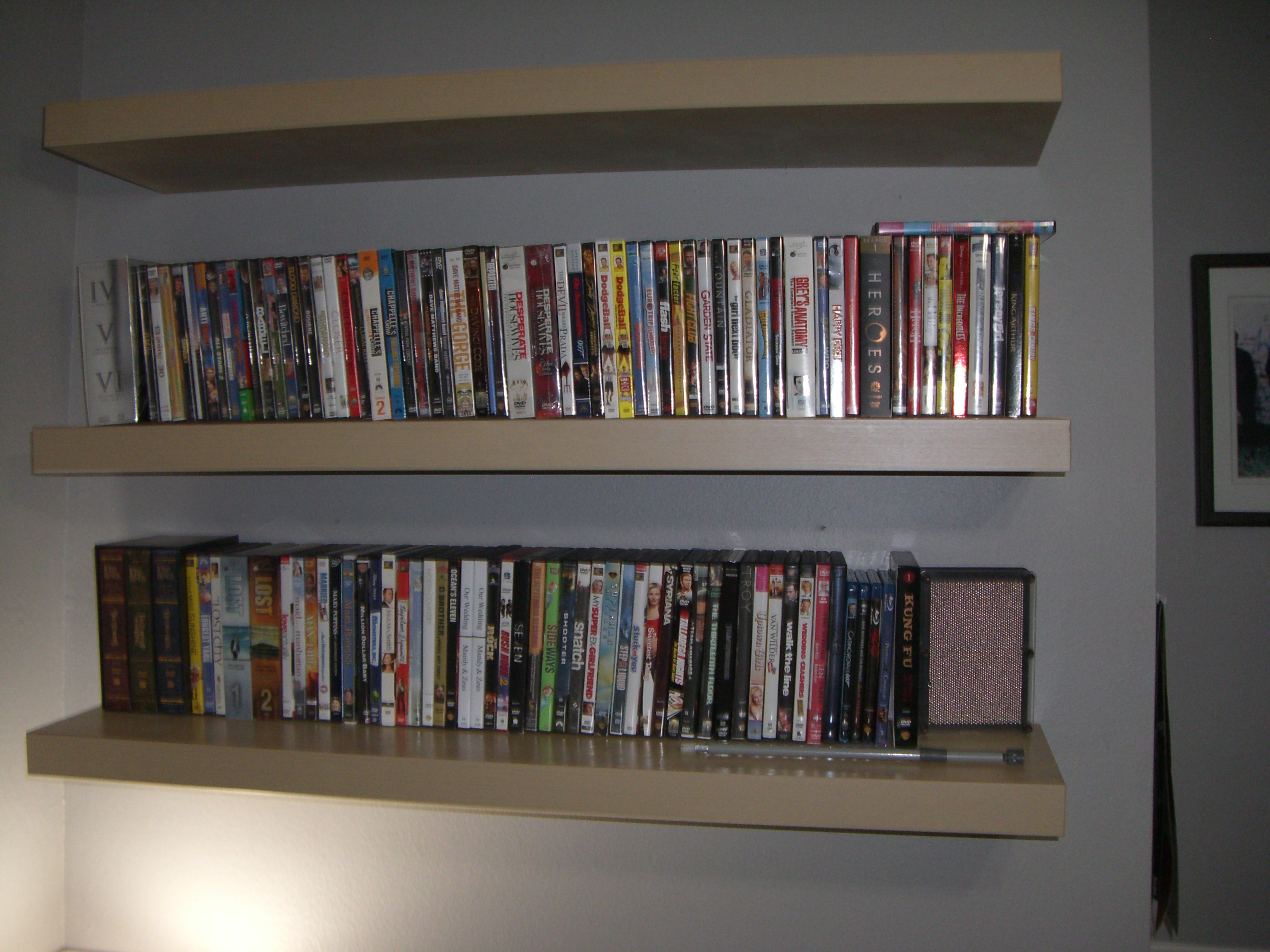 Dvd Stand Designs : Dvd shelves pdf woodworking